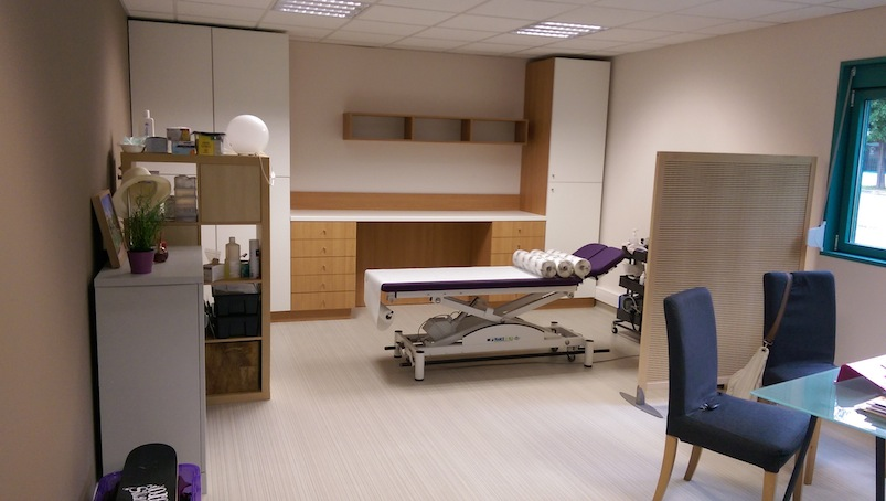 cabinet medical cr ation bois lison gabin. Black Bedroom Furniture Sets. Home Design Ideas
